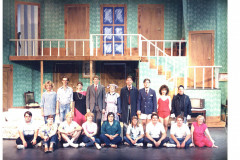 Noises-Off-Cast-and-Crew-pic